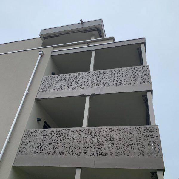 Aluminium Panel und Geländer
